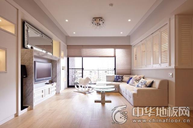 休闲美式客厅橡木地板装修效果图