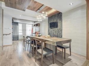 现代简约三室两厅实木地板装修图片 实木地板图片