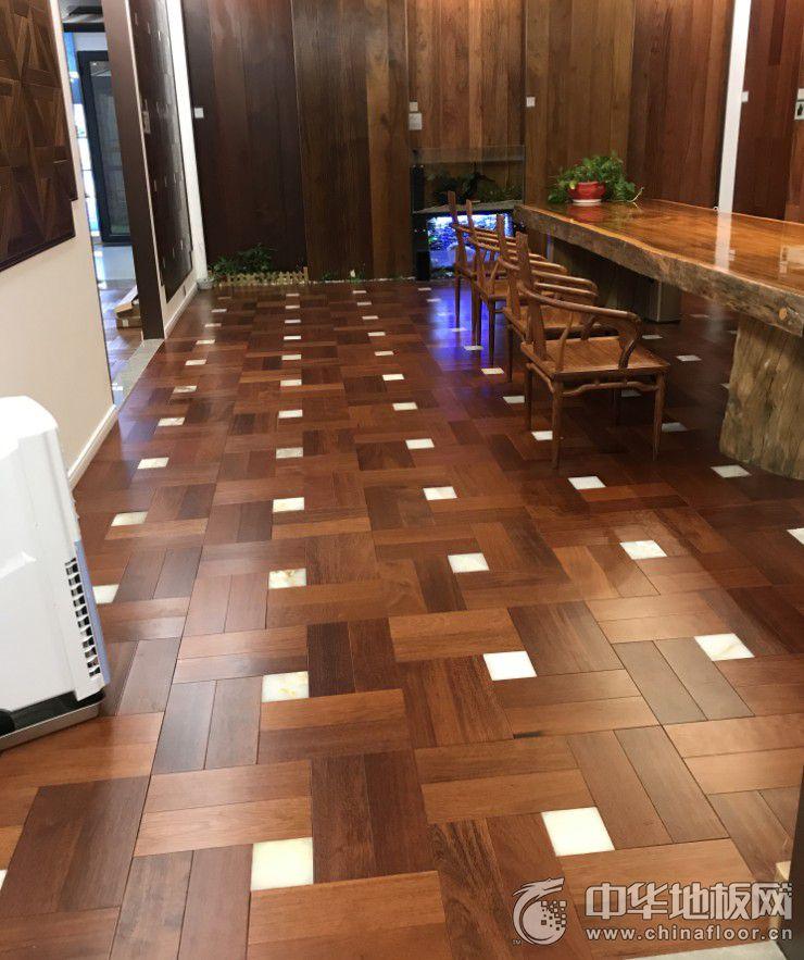 伊里安地板 印茄木玉石拼花地热实木地板