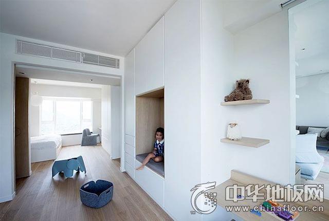 138平现代清新过道浅色木地板图片