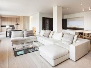 白色简约风格实木地板效果图   浅色地板图片