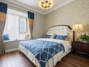 北欧风情卧室手抓纹木地板家装效果图 榆木地板图片