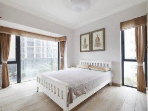 现代风格卧室灰白色地板图片 复合实木地板图片