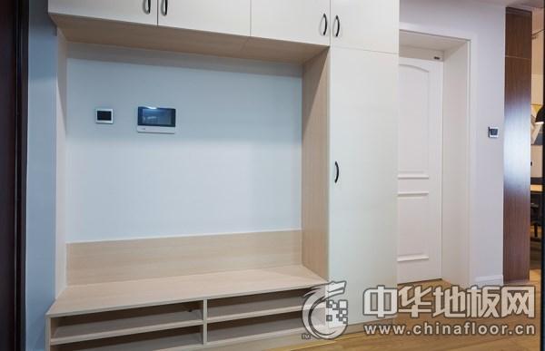 简欧风格客厅装修效果图  木地板打造的清爽室空间