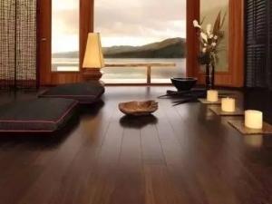 汉邦地板装修效果图 棕色木地板装修效果图