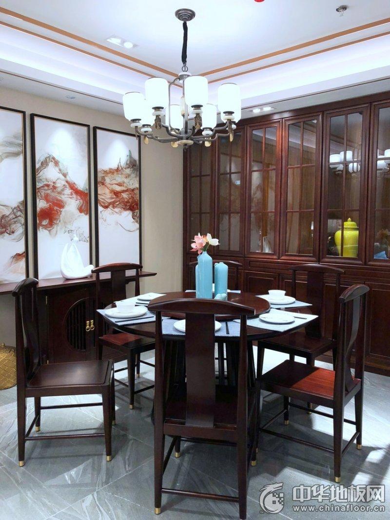 中式风装修效果图 书房红色系木地板图片