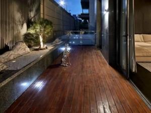 新中式木地板装修效果图 阳台木地板图片