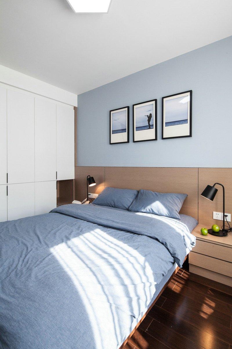 咖啡色木地板上墙效果图 现代风格装修效果图_13