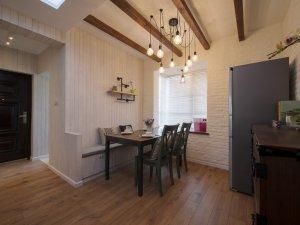 田园风餐厅木地板效果图 深色地板装修效果图