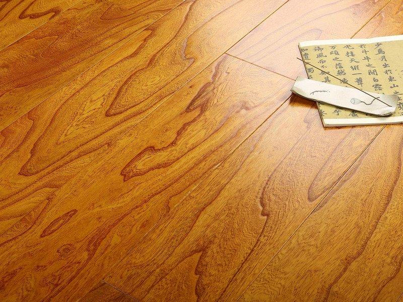 贝亚克·青花瓷地板 多层实木复合榆木浮雕系列_1