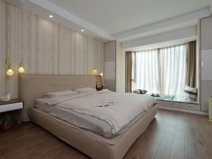卧室地板装修效果图 浅色地板装修效果图