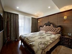 奢华欧式地板装修效果图 卧室木地板装修效果图大全