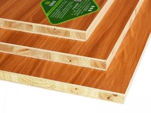 百的宝地板图片 E0杉木18厘生态板衣柜板材
