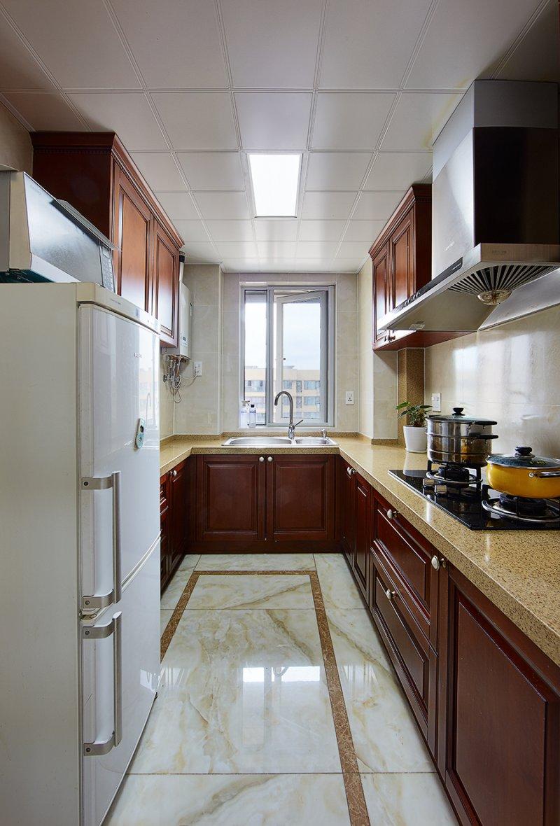 美式小户型地板装修效果图大全 卧室深色地板装修效果图_8