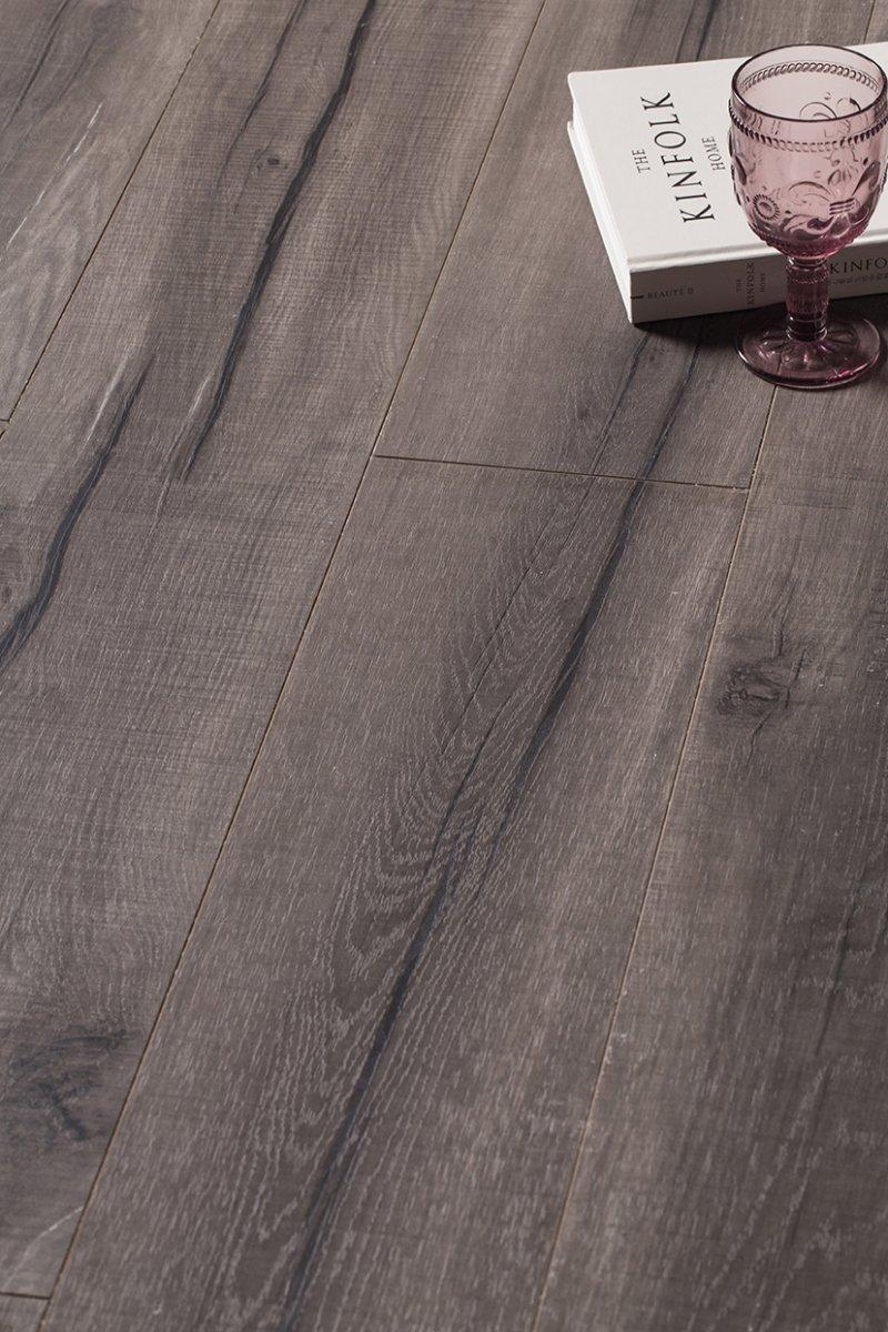 巨宁地板图片 巨宁珍木家系列地板效果图