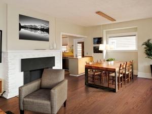 圣象地板图片 客厅木地板装修效果图