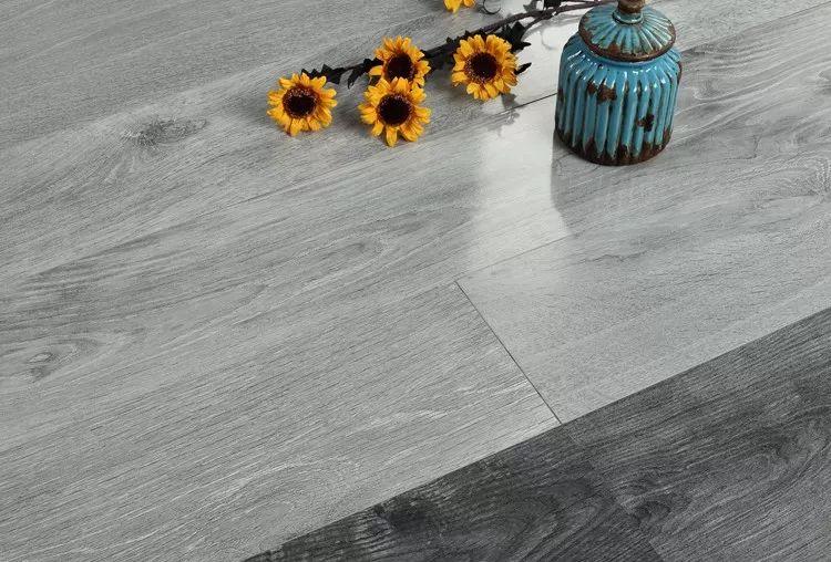 马德兰地板产品-新三层实木系列地板