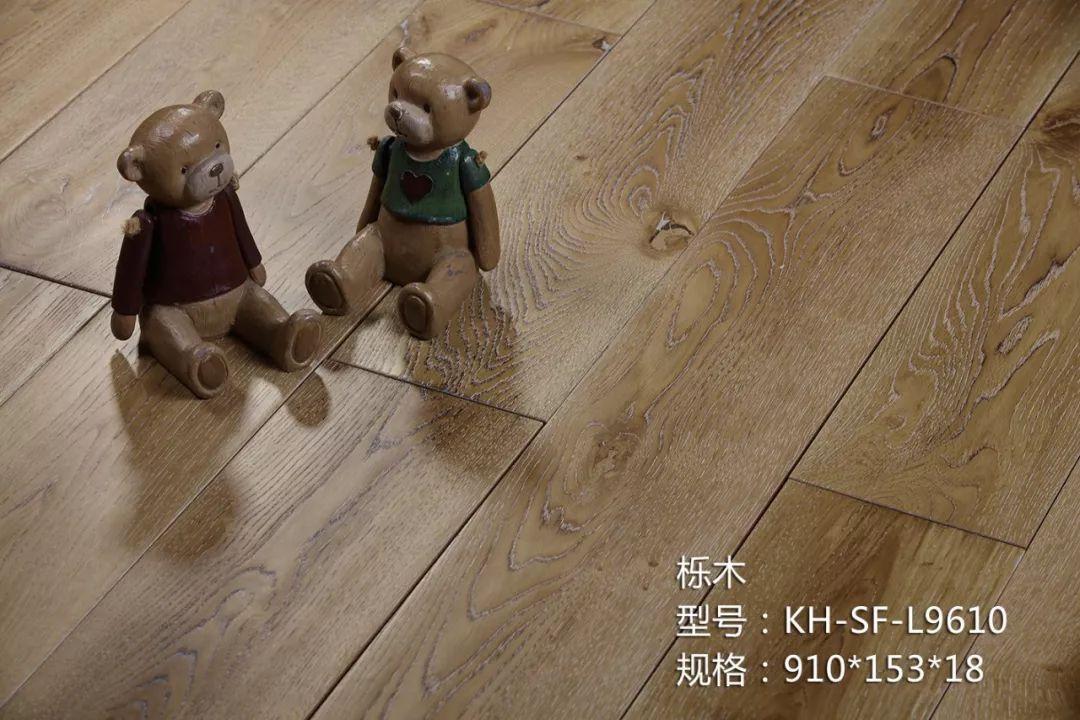 康辉地板图片 原木色木地板产品效果图