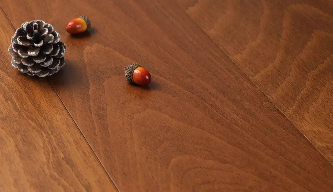琥珀地板:家居装饰木地板保养需要注意些什10坪么