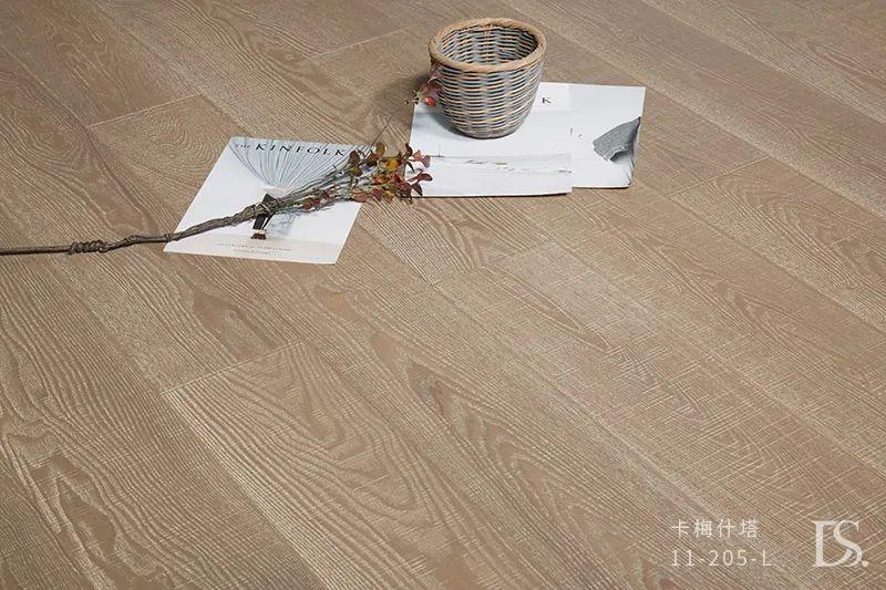 圣达地板图片 木地板装修效果图