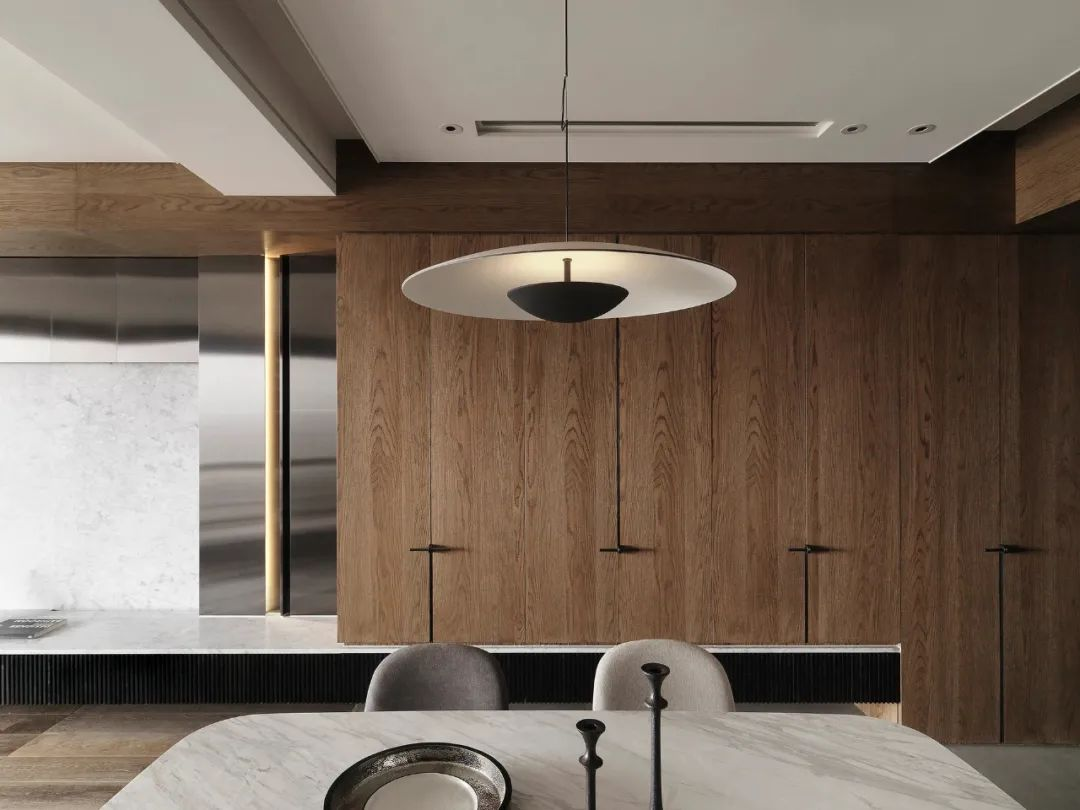 LG Hausys地板:纯粹而艺术的现代空间_18