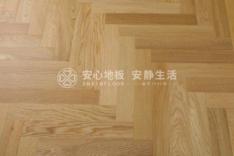 安心地板:原木色地板这么流行,可以装在哪些地方?_3
