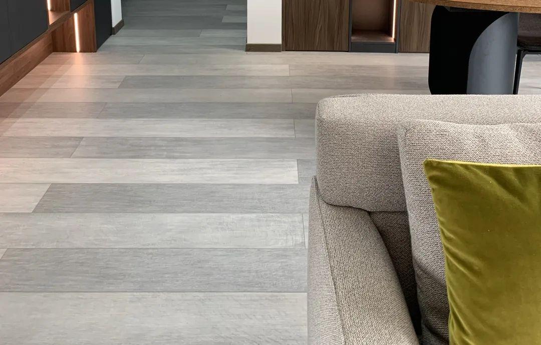 得高地板艺术木地板系列-三层实木复合地板_1
